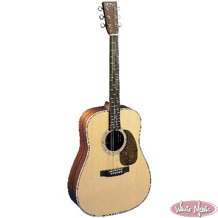 Martin HD-28 Standard Herringbone Acoustic Guitar Includes Hard Case